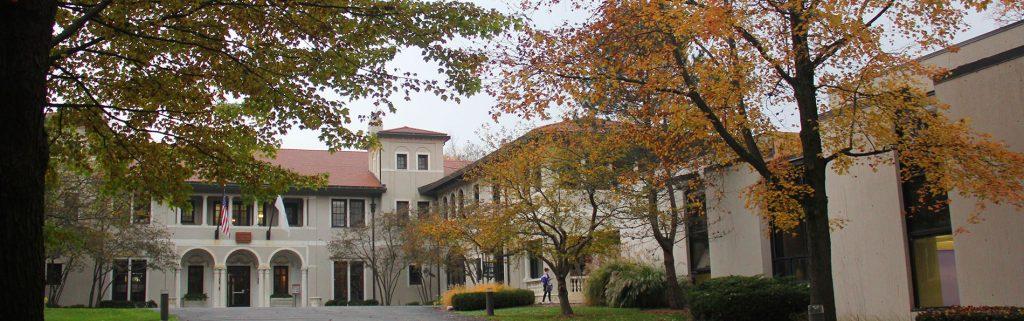 湖森中学 - Lake Forest Academy
